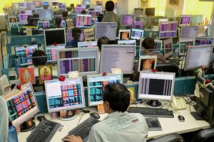 Benchmark Indices Trader