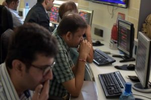Stock Market Traders on weekly expiry day